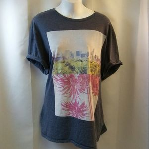 Oversized Distressed T-shirt with Graphic, XL